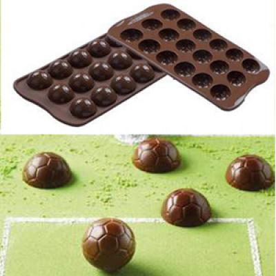 Форма силиконовая ИЗИ-ШОК футбольный мяч Silikomart SCG34